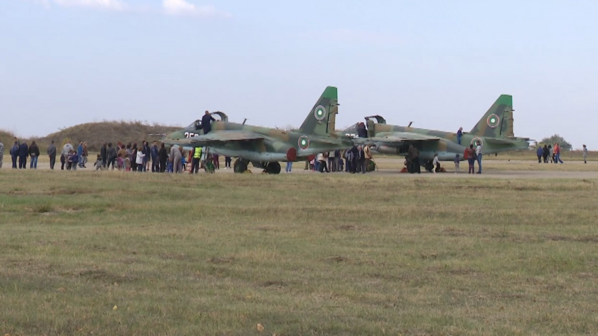 Bulgaria: The pandemic may delay the return of the SU-25 by two months