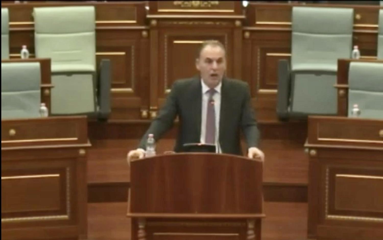 Kosovo: Hoti presents his government's program