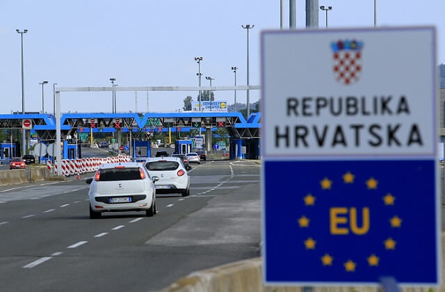 EP committee suggests acceptance of Croatia, Romania and Bulgaria in Schengen Area