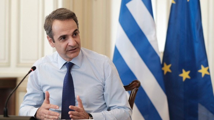 Greece: Mitsotakis contacts Palestinian PM over the phone