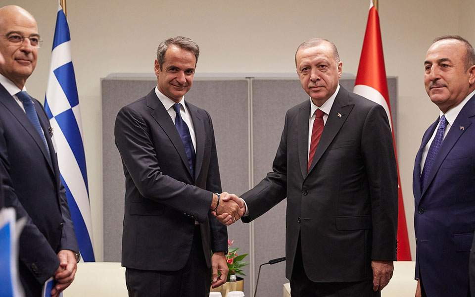Greece: Mitsotakis and Erdogan speak on the phone in an effort to reopen channels of communication