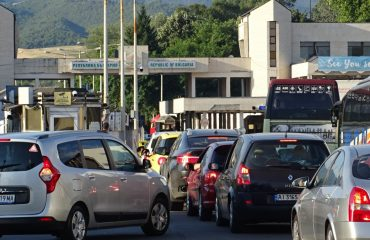 Bulgaria: 10km-long queue on the border with Greece, hundreds of Serbs trapped