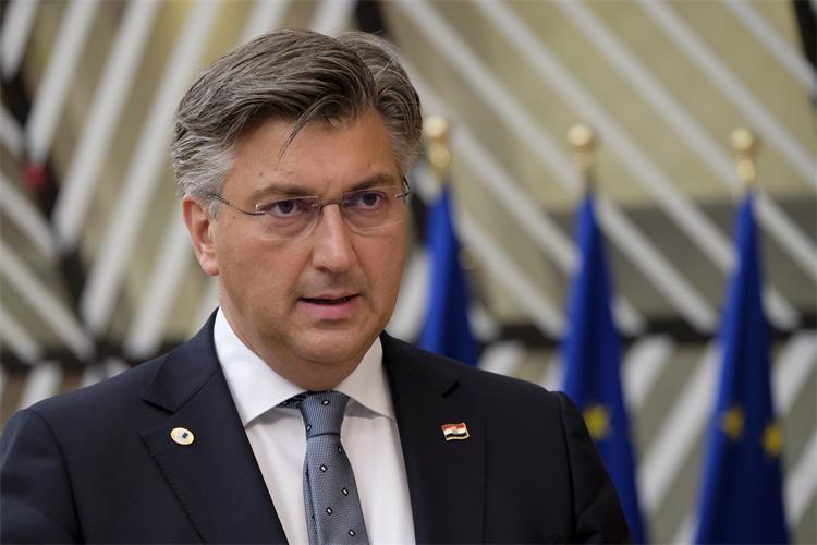 Croatia will receive more than EUR 22 billion, Plenković says