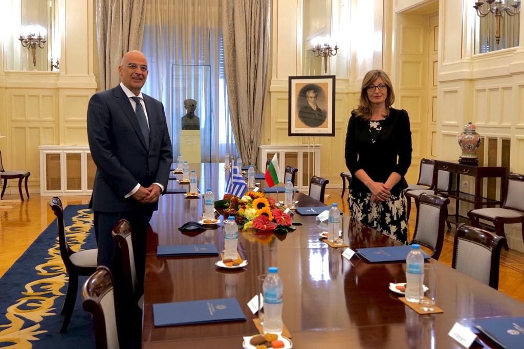 Bulgaria: Zaharieva pays official visit to Greece