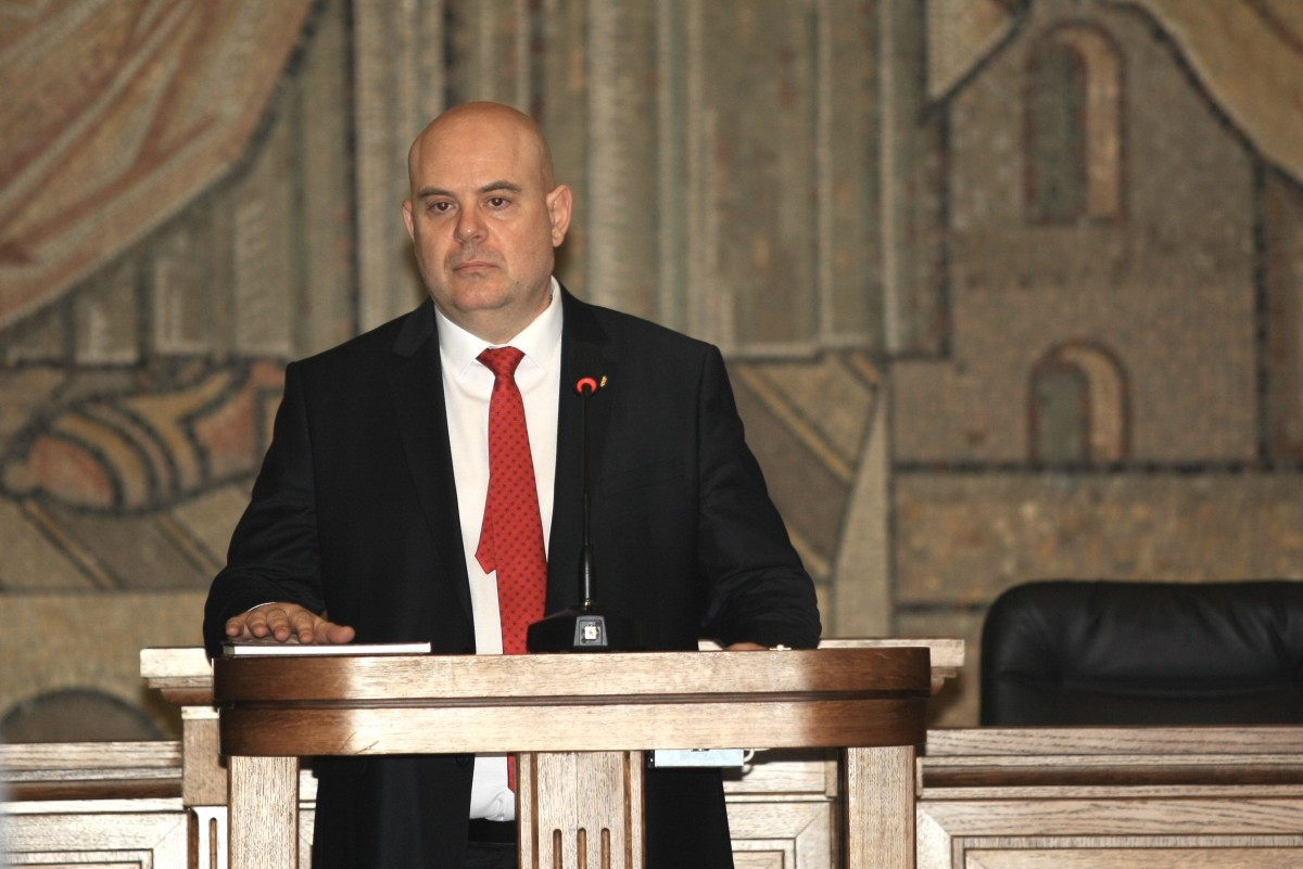 """Bulgaria: """"Protests and political games will not affect my work"""", Attorney General says"""