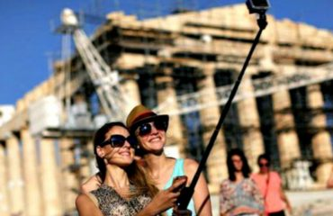 Greece: New wave of cancellations strikes Tourism industry