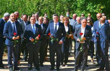 Croatia: Authorities hold commemoration of Serb victims in Grubori village