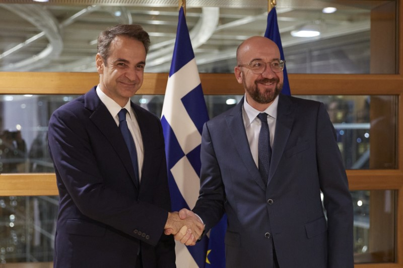 Greece: Michel, Mitsotakis spoke over the phone