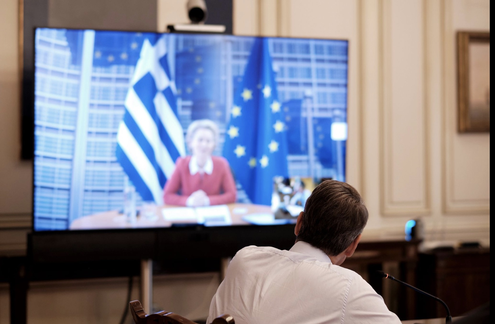 Greece: Mitsotakis, der Leyen have video-conference on Refugee/Immigration issue, Recovery Fund and Turkey