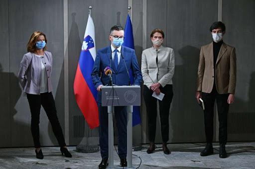 "Slovenia: Opposition negotiates the establishment of a""shadow government"""