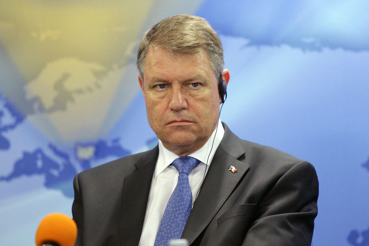 Romania: Iohannis fires shots at PSD