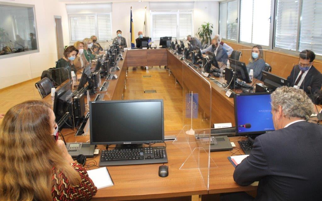 BiH: EU representative presents Report to HJCP members, targets judiciary