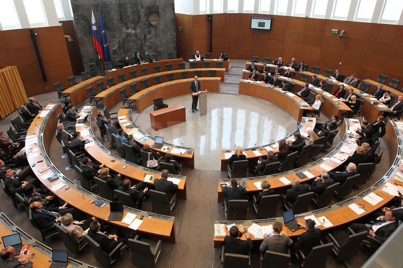 Slovenija: Parliament discuss the replacements in state institutions