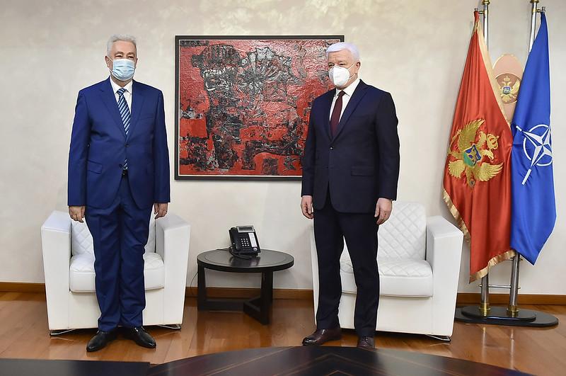 Montenegro: Krivokapić officially takes over as prime minister