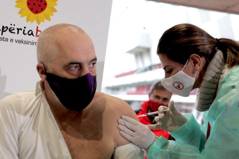 Albania: Vaccination begins with 975 doses secured by anonymous EU country