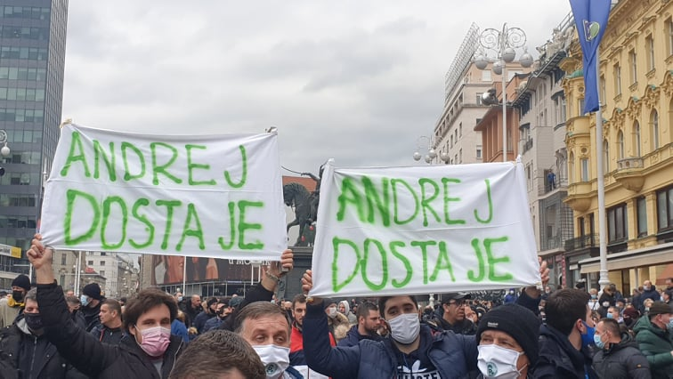 "Croatia: Protests erupt in Zagreb against ""discriminatory measures"""