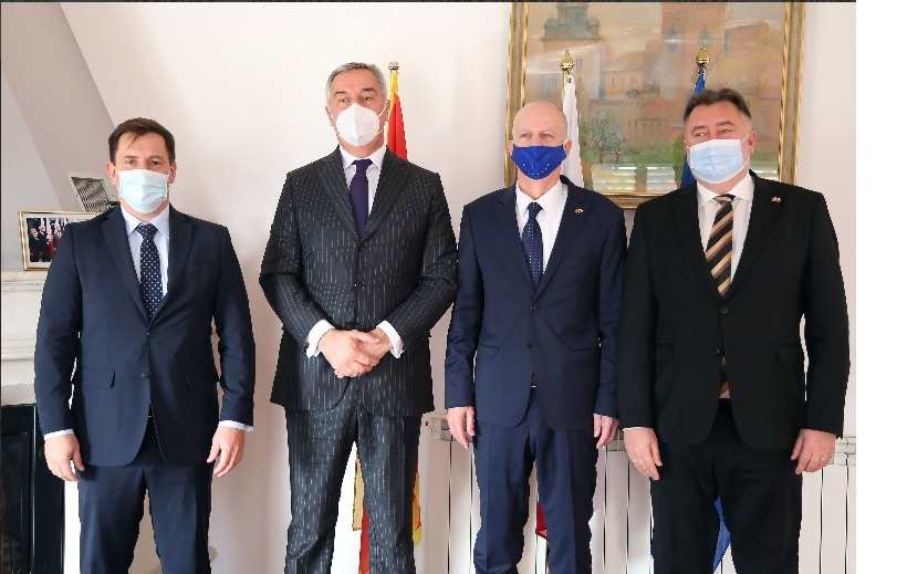 Montenegro: Đukanović meets with V4 ambassadors to Montenegro