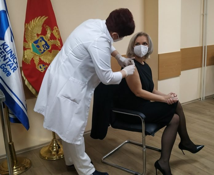 Montenegro: Vaccination kicks off; additional batches on the way