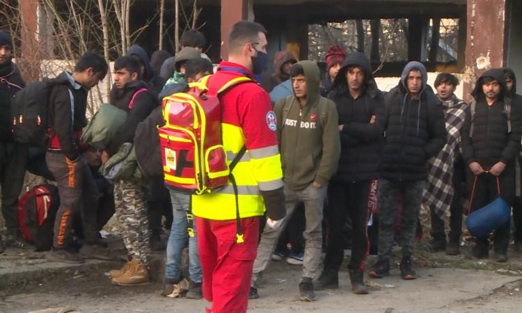 BiH: Police relocates migrants from Bihać centre to Lipa camp