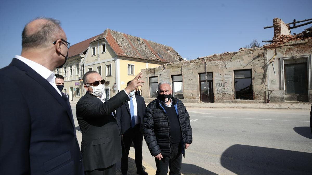 Croatia: Turkey extends helping hand to quake-stricken areas