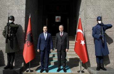 Peleshi, Akar discuss strengthening of Turkish-Albanian defense cooperation