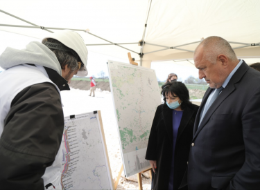 Bulgaria: NG Interconnector with Greece to be completed by year's end, Borissov says
