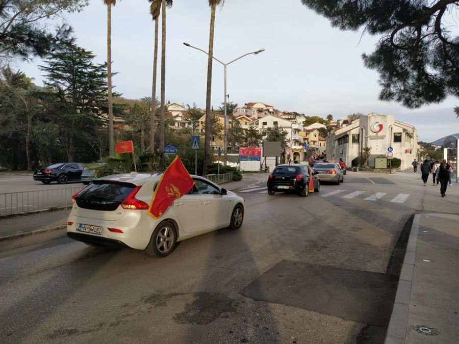 Montenegro: Citizens call for Government's resignation as protests continue