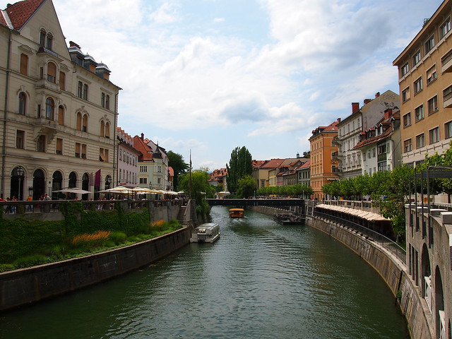 Slovenia: Number of tourists plummets amid draining measures to curb the pandemic