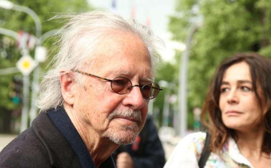 "BiH: Peter Handke visits Republika Srpska ""despite strong winds"""