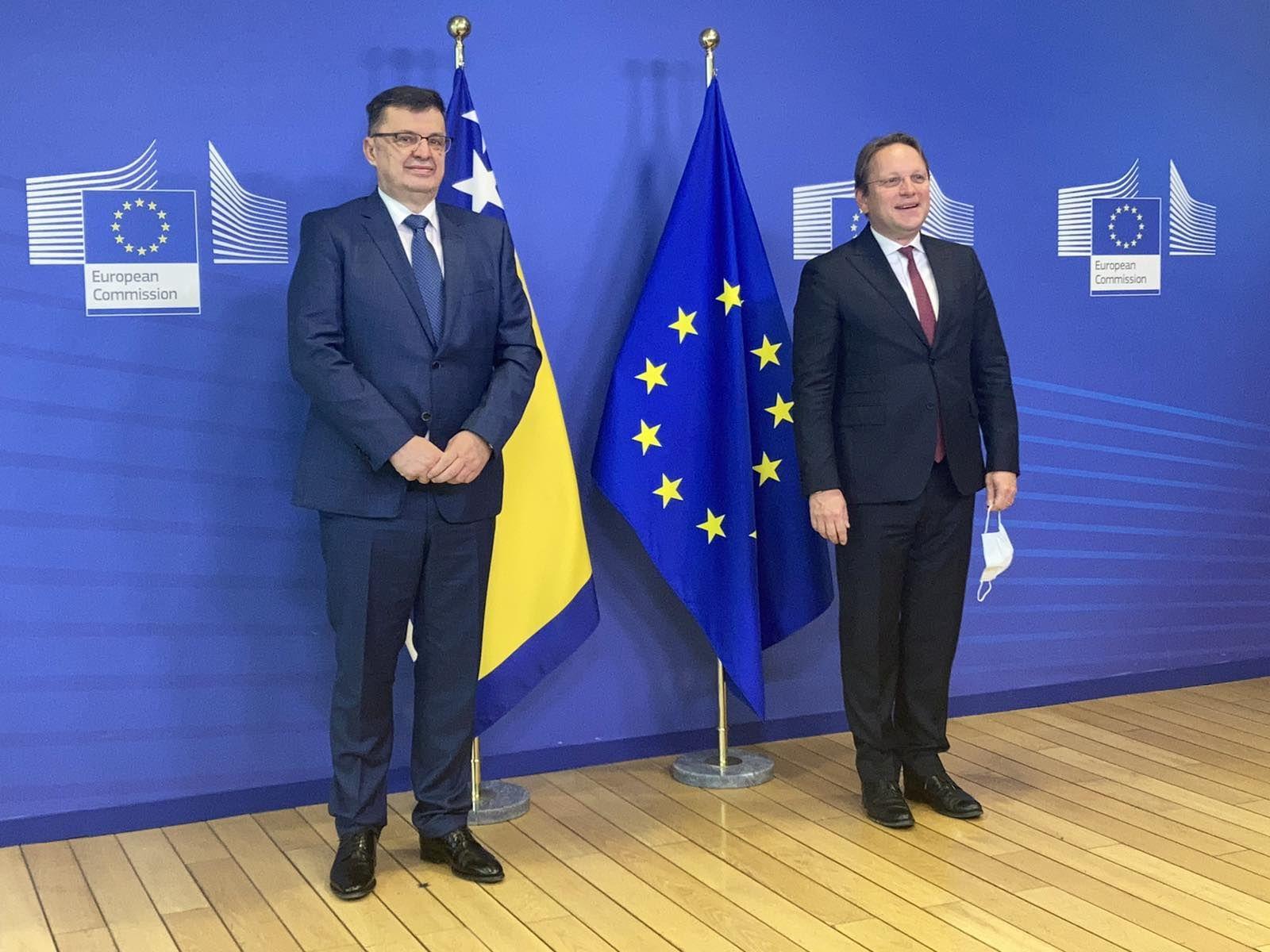 BiH: Tegeltija met Varhelyi in Brussels