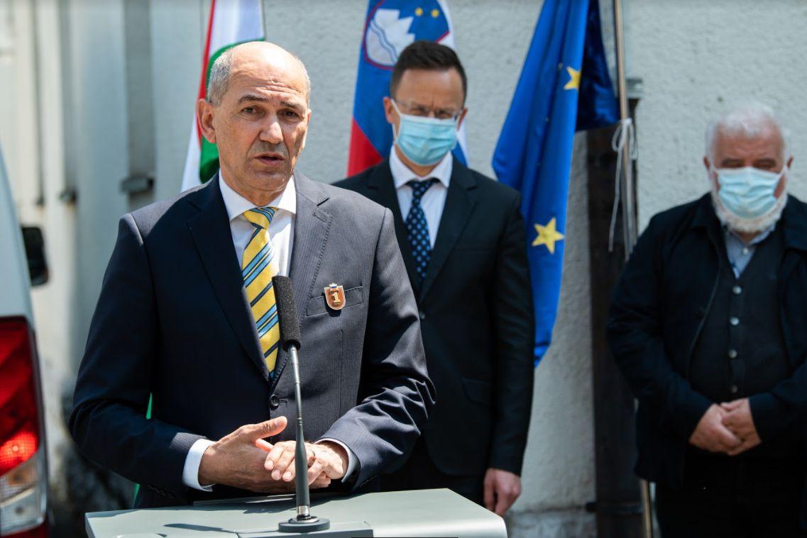Slovenia received 300 000 doses of AstraZeneca vaccine from Hungary