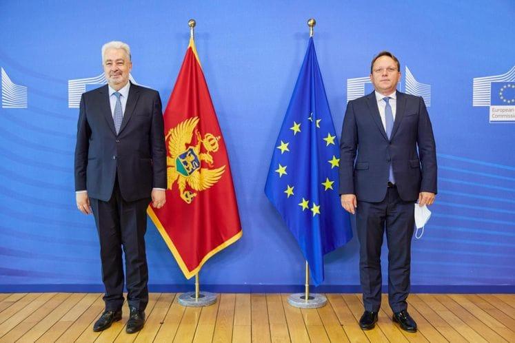 Montenegro: Krivokapić met with Varhelyi