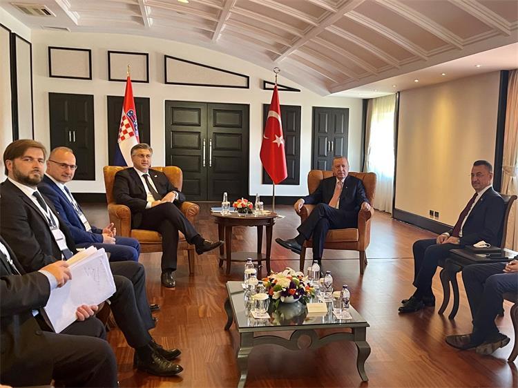 Croatia: Plenković met Erdogan in Antalya, asked for support to reforms in BiH