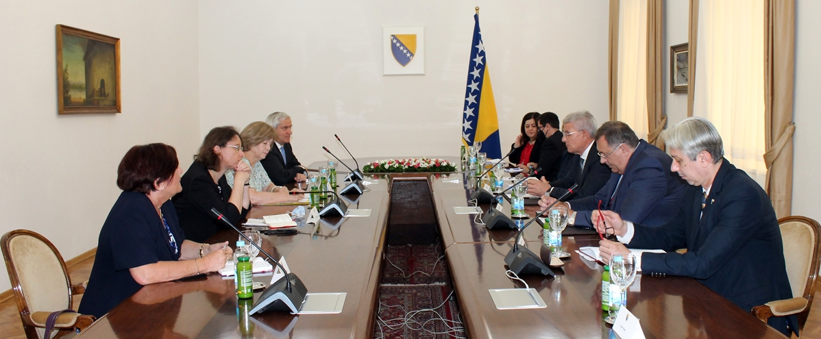 BiH: Members of the BiH Presidency met with the advisor to the President of France