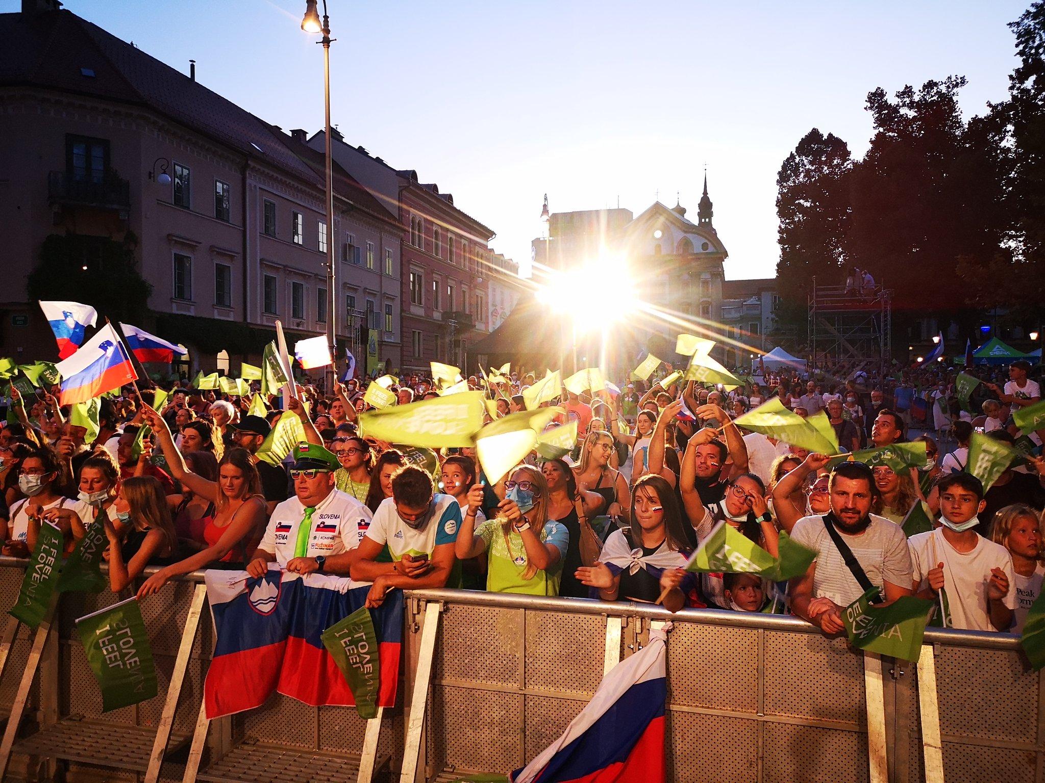 Fans welcomed the Slovenian Olympic team in Ljubljana