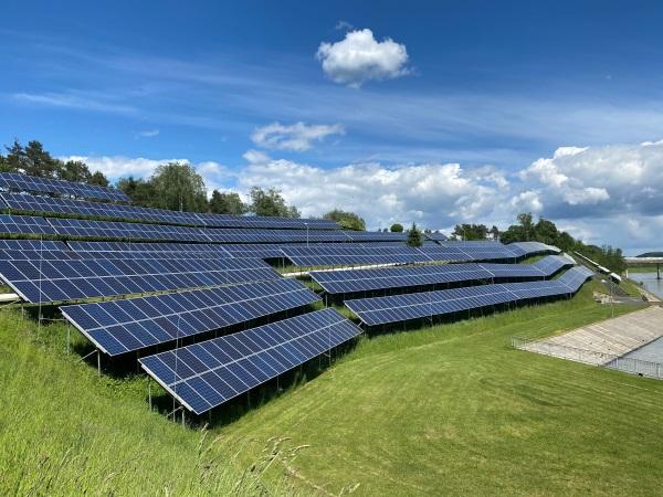 Slovenia builds a new solar power plant