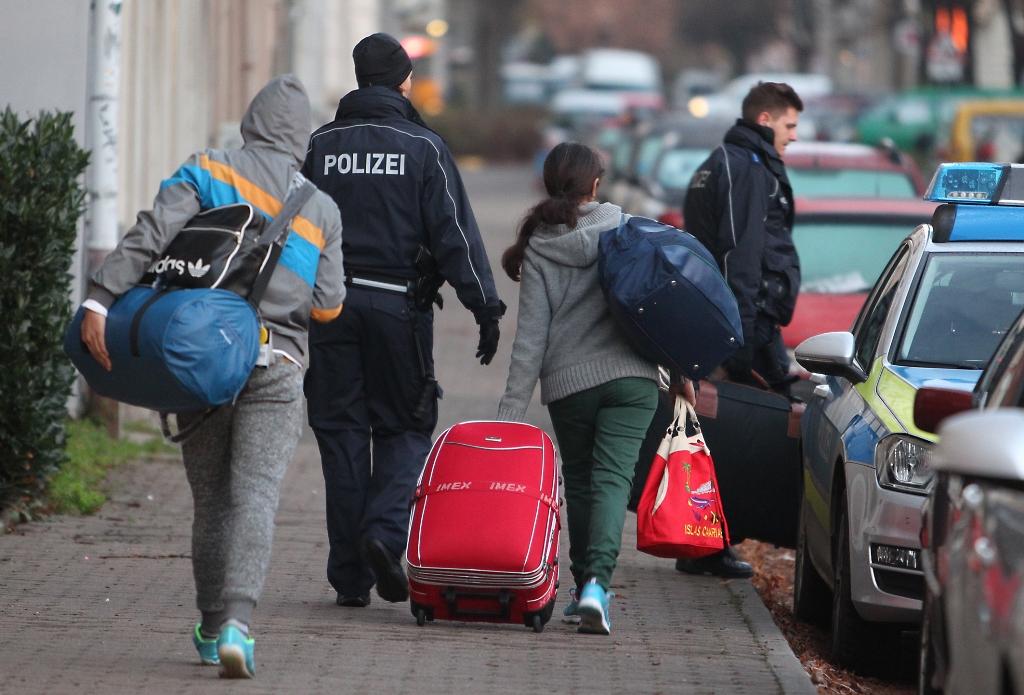 Citizens of FYROM still seeking asylum in EU member countries