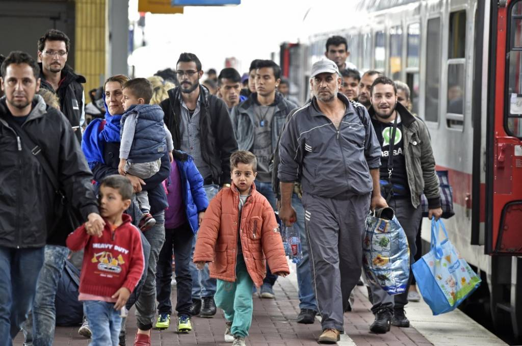 Eurostat: 1 in 2 Albanians who migrate apply for asylum in the EU