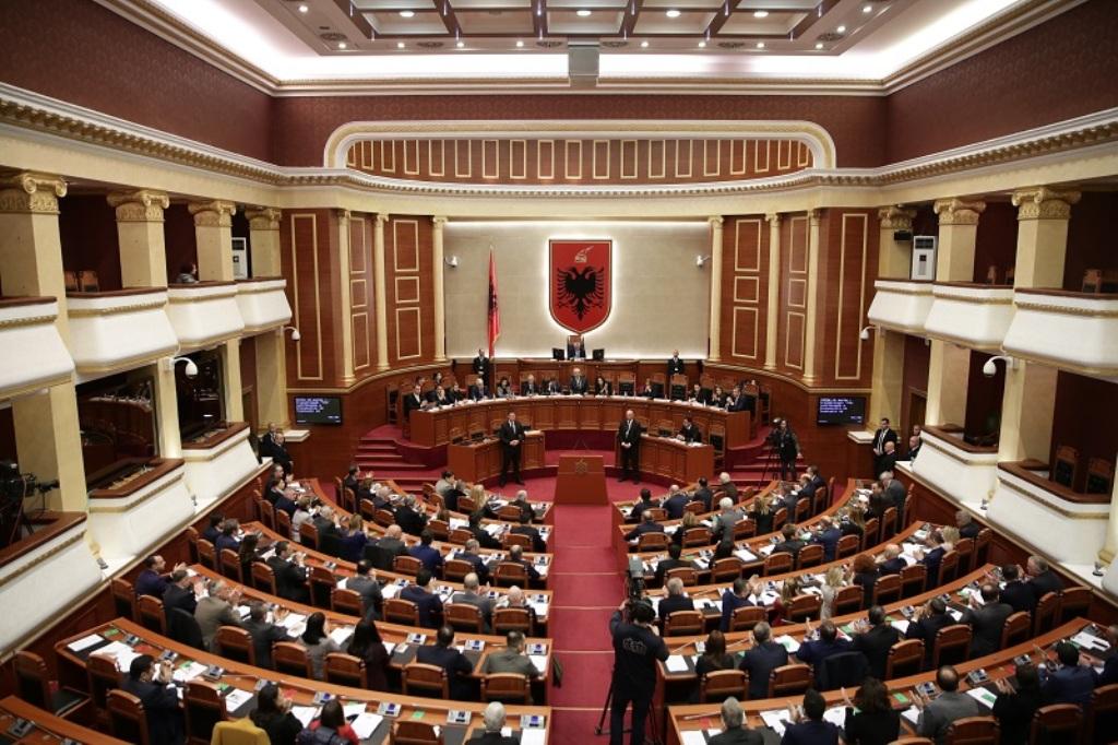 Parlamenti shqiptar miraton protokollin e anëtarësimit të Maqedonisë së Veriut në NATO