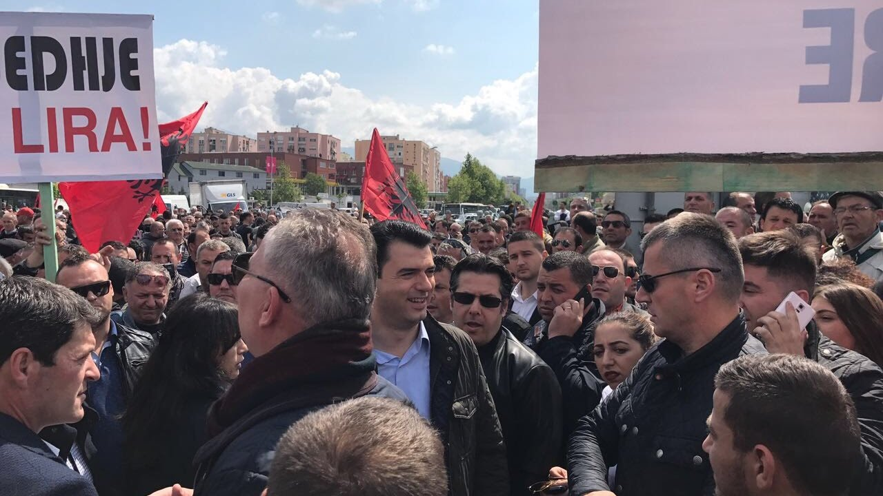 Albanian opposition is calling for massive attendance ahead of a big anti-government rally