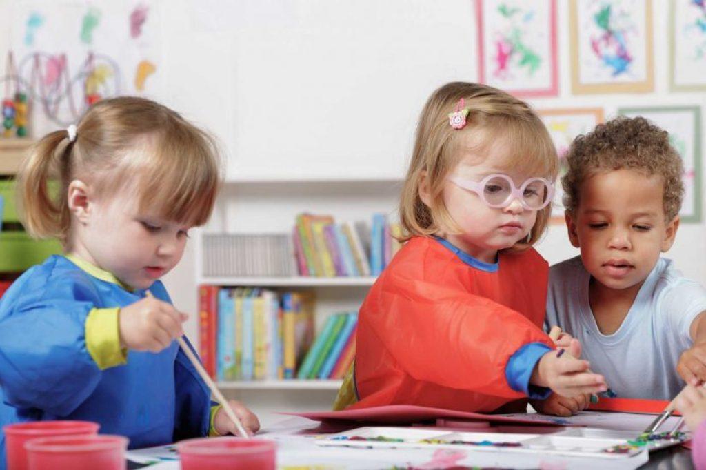 UNICEF: 61% e fëmijëve prej 3 deri në 6 vjeç  nuk ndjekin arsimin parashkollor