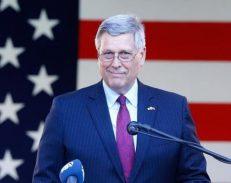 Ambasada amerikane vendos sanksione ndaj zyrtarëve të korruptuar në Kosovë}