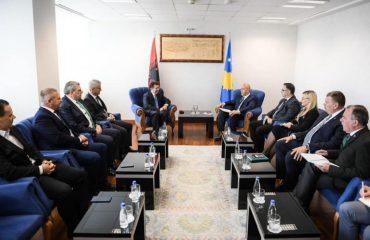 Haradinaj: Kosova dhe Shqipëria duhet ti bashkërëndojnë qëndrimet