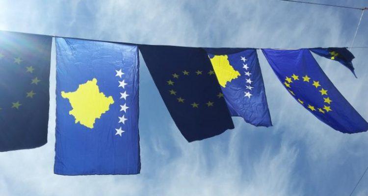 Edhe pse të izoluar, kosovarët festojnë ditën e Evropës