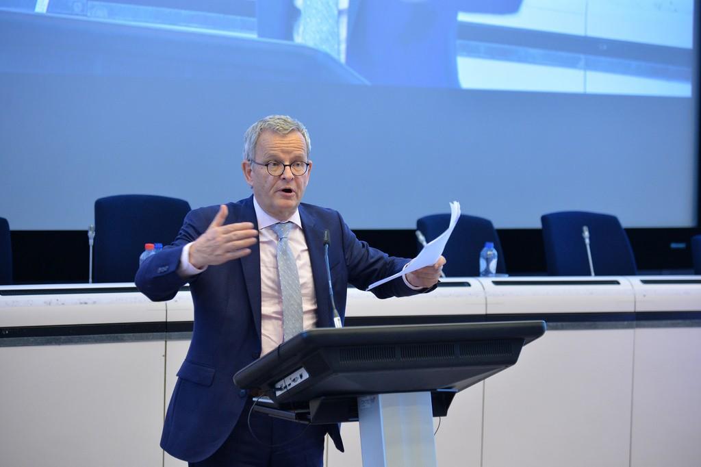 Këshilltari gjerman i Qeverise se Zaevit kritika për korrupsion dhe shmangien e tatimit