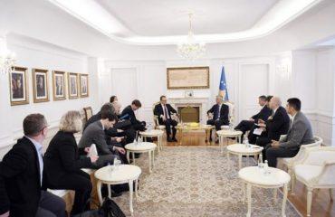Thaçi – emisarëve nga Parisi e Berlini: Dialogu me Serbinë duhet të vazhdoj pa kushte