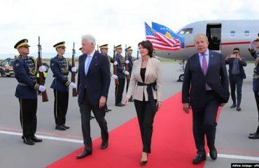 Bill Clinton dhe Madeleine Albright në Kosovë