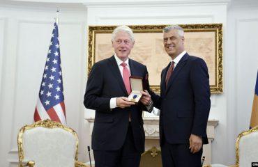 Clinton: Kosova meriton të anëtarësohet në NATO dhe BE