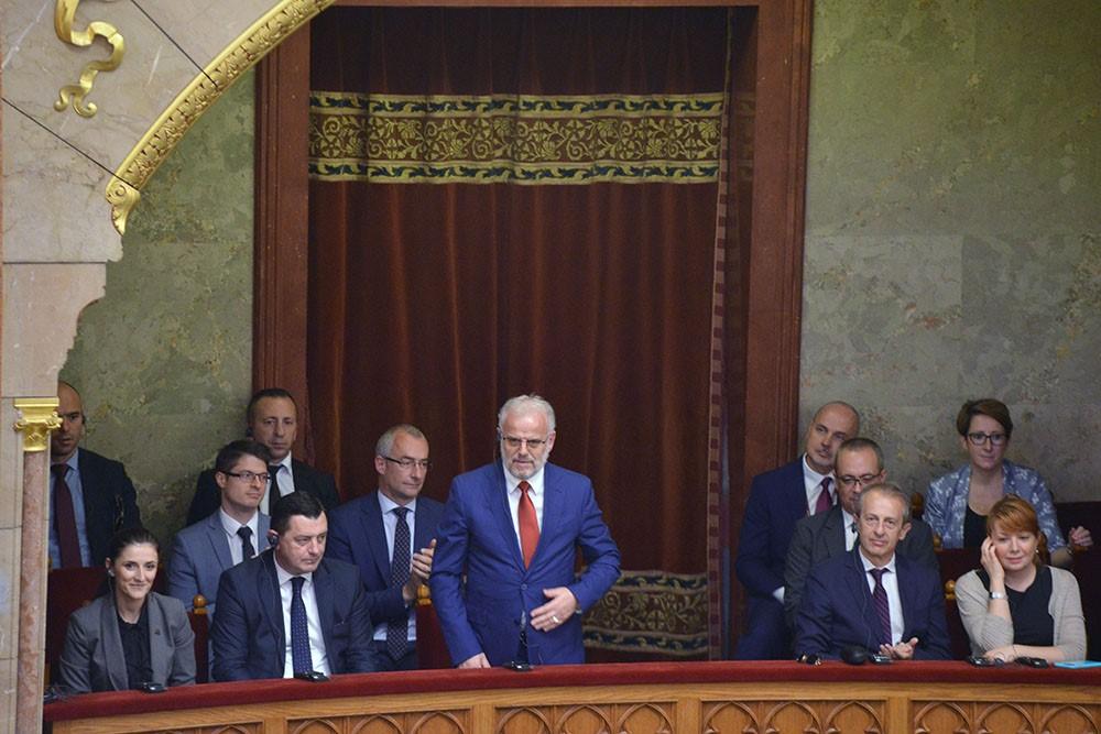 Hungaria ratifikoi Protokollin për anëtarësim të Maqedonisë së Veriut në NATO