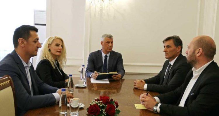 Presidenti Thaçi fillon këshillimet me partitë për zhvillimet politike në Kosovë